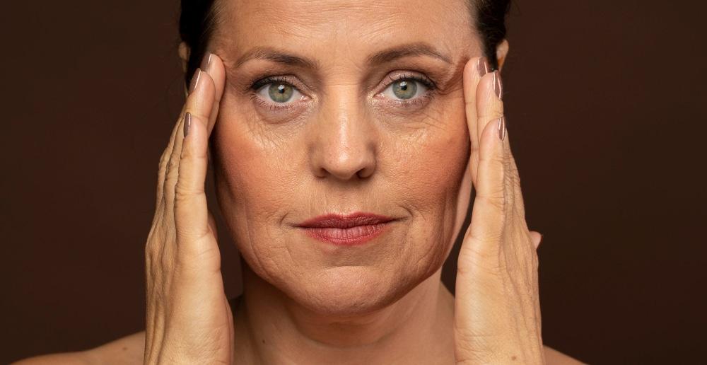 invecchiamento della pelle del viso prevenzione e trattamento